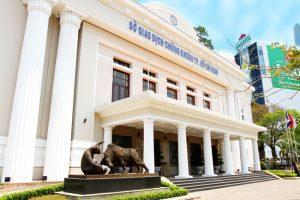 Tổng quan về TTCK Việt Nam: 15 năm hình thành và phát triển
