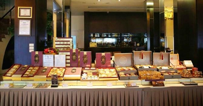 Phân khúc bánh trung thu cao cấp giá tiền triệu cũng đã được giới thiệu đến khách hàng.