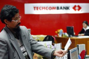 Cập nhật cổ phiếu TCB - Tín dụng chuyển hướng sang các doanh nghiệp lớn