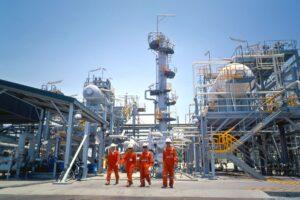 Năng lượng và dịch vụ tiện ích - Ngành dầu khí Việt Nam: Thông tin tích cực từ OPEC+