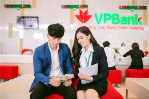 Cập nhật cổ phiếu VPB - Ngân hàng mẹ rực rỡ FE Credit ảm đạm